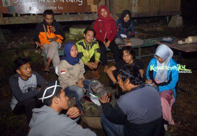Diskusi Malam Kaum Buruh Pencinta Alam